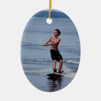 Ornamento de Wakeboarding de la juventud Ornamento Para Arbol De Navidad