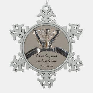 Ornamento del anillo de compromiso adornos