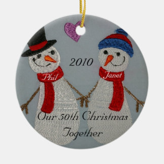 Ornamento del aniversario adorno navideño redondo de cerámica