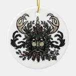 Ornamento del árbol del hombre verde del solsticio adorno navideño redondo de cerámica