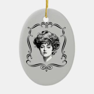Ornamento del arte de la reproducción del chica de adorno navideño ovalado de cerámica