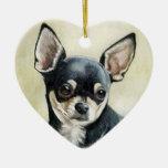 Ornamento del arte del perro de la chihuahua adorno navideño de cerámica en forma de corazón