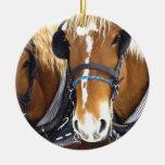 Ornamento del caballo de proyecto de Clydesdale Adorno Redondo De Cerámica