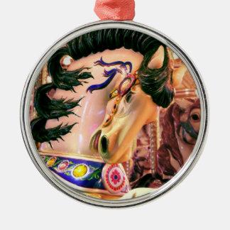 Ornamento del caballo del carrusel adorno navideño redondo de metal
