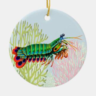 Ornamento del camarón de predicador del pavo real adorno navideño redondo de cerámica
