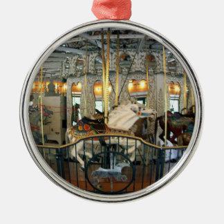 Ornamento del carrusel adorno navideño redondo de metal