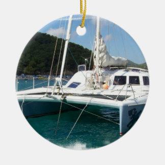 Ornamento del catamarán adorno redondo de cerámica