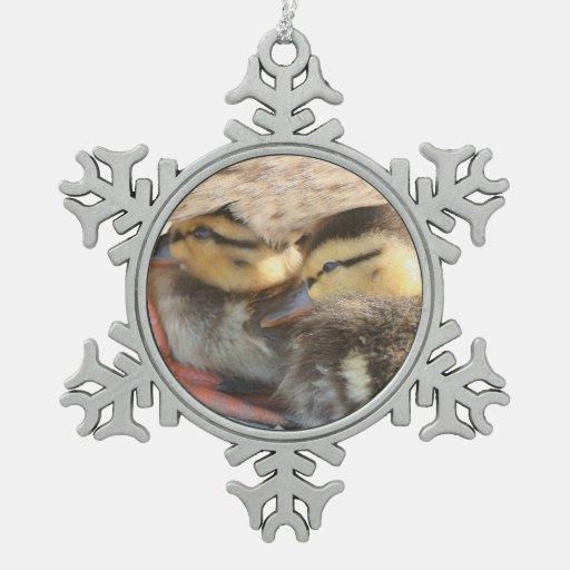 Ornamento del copo de nieve de los anadones del adorno de peltre en forma de copo de nieve