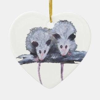 """Ornamento del corazón de """"dos oposums"""" adorno"""