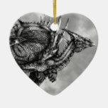 Ornamento del corazón de Dragongiant Ornato
