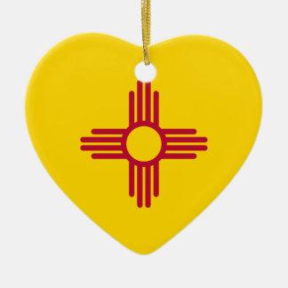 Ornamento del corazón de la bandera de New México Adorno Navideño De Cerámica En Forma De Corazón