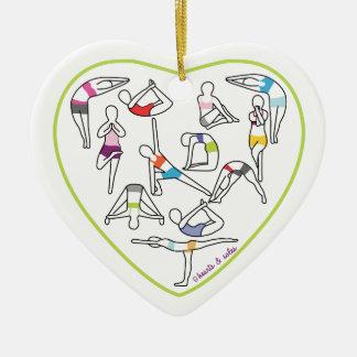 Ornamento del corazón de la yoga adorno de cerámica en forma de corazón