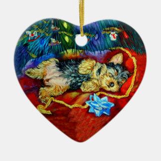 Ornamento del corazón de Yorkshire Terrier Ornamentos De Reyes