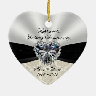 Ornamento del corazón del aniversario de boda del adorno navideño de cerámica en forma de corazón