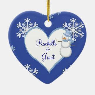 Ornamento del corazón del navidad del muñeco de adorno navideño de cerámica en forma de corazón