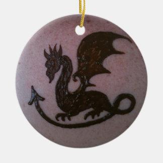 Ornamento del dragón de la alheña adorno navideño redondo de cerámica