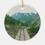 Ornamento del ferrocarril de Skagway Adorno Navideño Redondo De Cerámica