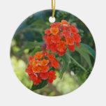 Ornamento del flower power y de la naturaleza - adorno navideño redondo de cerámica