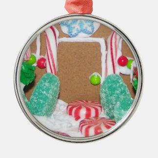 Ornamento del frente de la casa de pan de jengibre adorno navideño redondo de metal