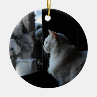 Ornamento del gatito de Snowy White Adornos