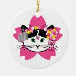 Ornamento del gato de la flor de cerezo adorno