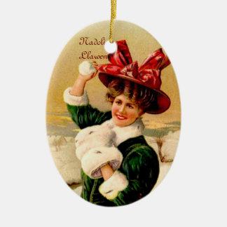 Ornamento del lanzamiento de la bola de nieve adorno navideño ovalado de cerámica