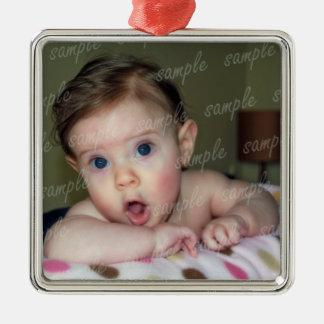 Ornamento del marco del bebé con la cinta ornamente de reyes