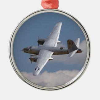 Ornamento del merodeador B-26 Adorno Redondo Plateado