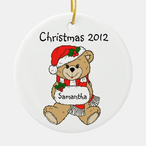 Ornamento del navidad 2012 con el nombre de su adorno navideño redondo de cerámica