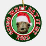 Ornamento del navidad 2013 de Santa del camello de Ornamentos De Reyes Magos