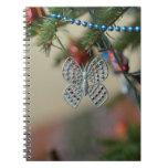 Ornamento del navidad de la mariposa cuaderno