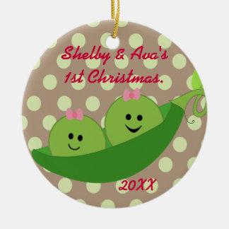 Ornamento del navidad de los gemelos del chica adorno navideño redondo de cerámica