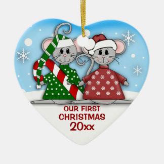 Ornamento del navidad de los pares del ratón adorno de cerámica en forma de corazón