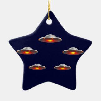Ornamento del navidad de los platillos volantes ornamentos de reyes