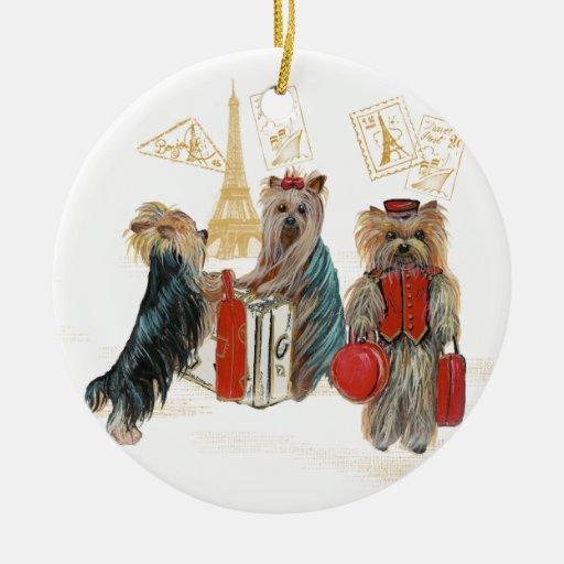 Ornamento del navidad de París del viaje de Yorkie Ornamentos De Reyes Magos