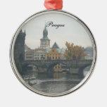 Ornamento del navidad de Praga Ornato