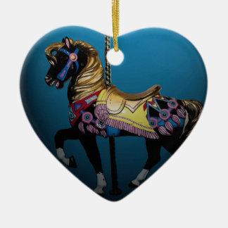 Ornamento del navidad del caballo del carrusel adorno navideño de cerámica en forma de corazón
