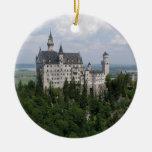 Ornamento del navidad del castillo de adorno navideño redondo de cerámica