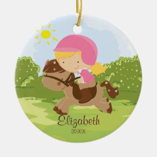 Ornamento del navidad del chica del jinete de lomo adorno navideño redondo de cerámica