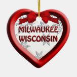 Ornamento del navidad del corazón de Milwaukee Ornamentos De Reyes