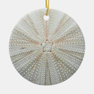 Ornamento del navidad del erizo de mar adorno navideño redondo de cerámica