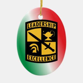 Ornamento del navidad del monograma del ejército adorno navideño ovalado de cerámica