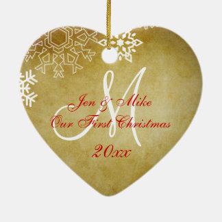 Ornamento del navidad del par del vintage primer adorno navideño de cerámica en forma de corazón