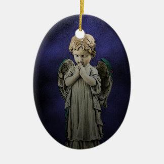 Ornamento del navidad del rezo del ángel adorno navideño ovalado de cerámica