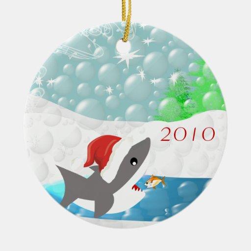 Ornamento del navidad del tiburón ornamentos de reyes