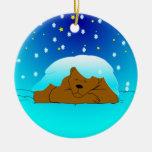 Ornamento del oso el dormir Nevado Ornamentos De Reyes Magos