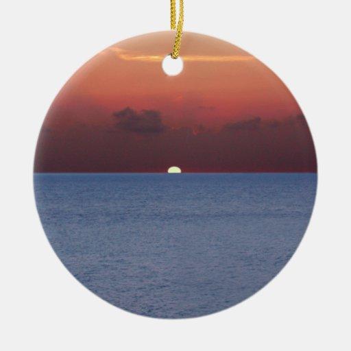Ornamento del placer de los marineros de Cozumel Adorno Navideño Redondo De Cerámica