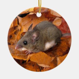 Ornamento del ratón del navidad adorno navideño redondo de cerámica