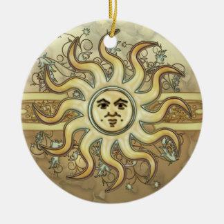 Ornamento del símbolo de Sun Ornamentos De Reyes Magos
