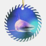 Ornamento del tiburón adorno para reyes